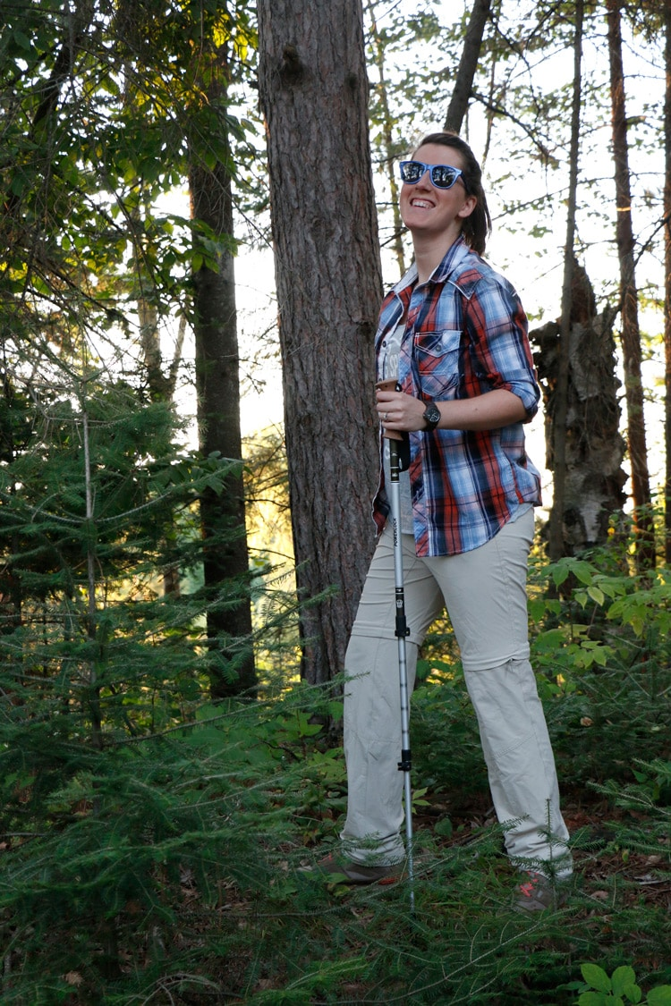 My hiking style as the seasons begin to change. Showing off some of my favorites like JORD Wood Watches, Columbia Trail Pants, and REI Trekking Poles.