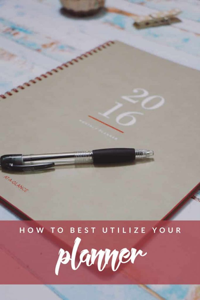 Trying to figure out how to get the most out of your planner? These easy list will help best utilize your planner so you stay organized all year long!