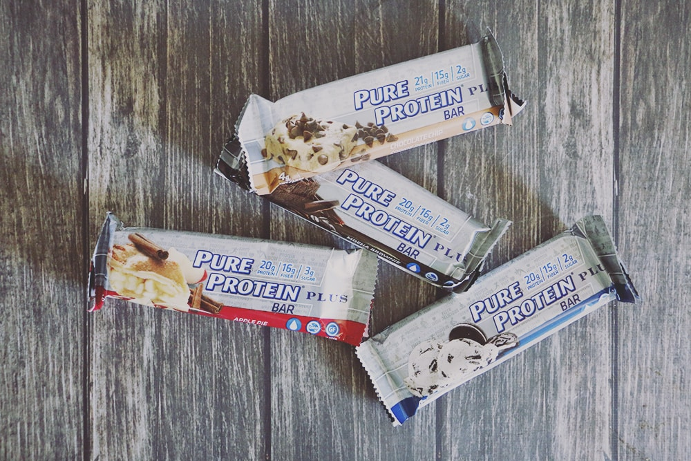 What to Pack - Day Hiking Checklist Delicious Pure Protein Plus Bars