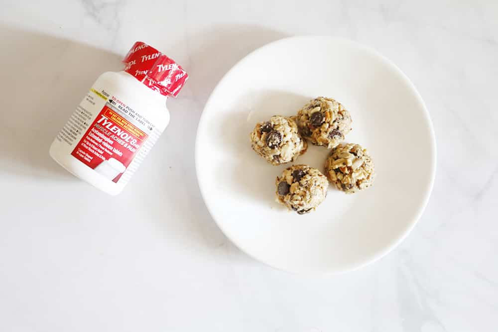 Need the perfect small snack to maintain your energy while you're on your adventures? You HAVE to try these No Bake Trail Mix Energy Bites!