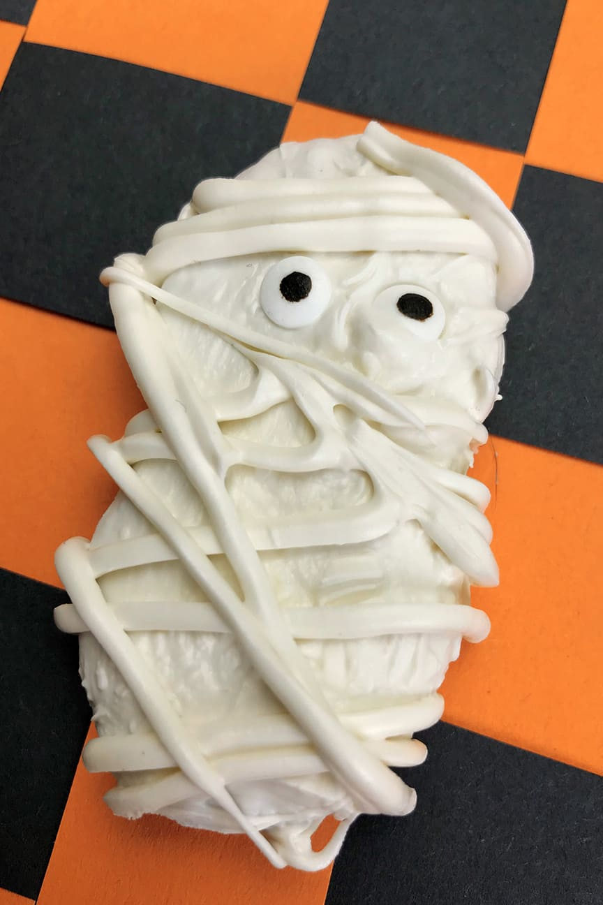 Make this mummy dessert for your next Halloween party with Nutter Butters!