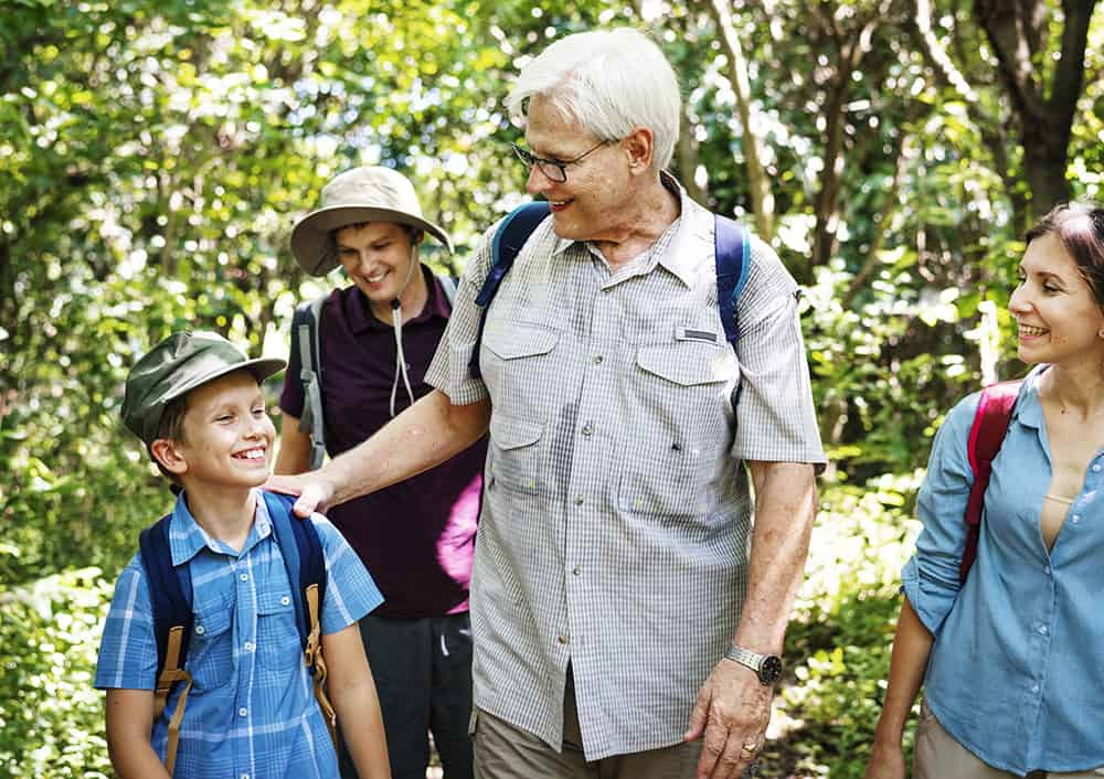 Benefits of hiking with kids on family vacations
