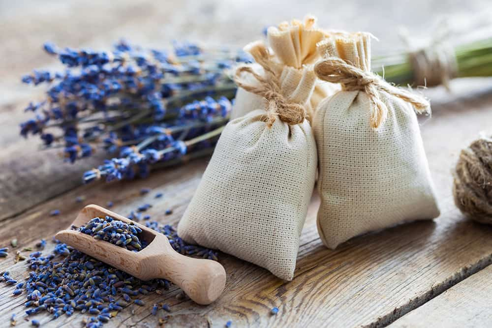 homemade bath bags for an herbal tea bath